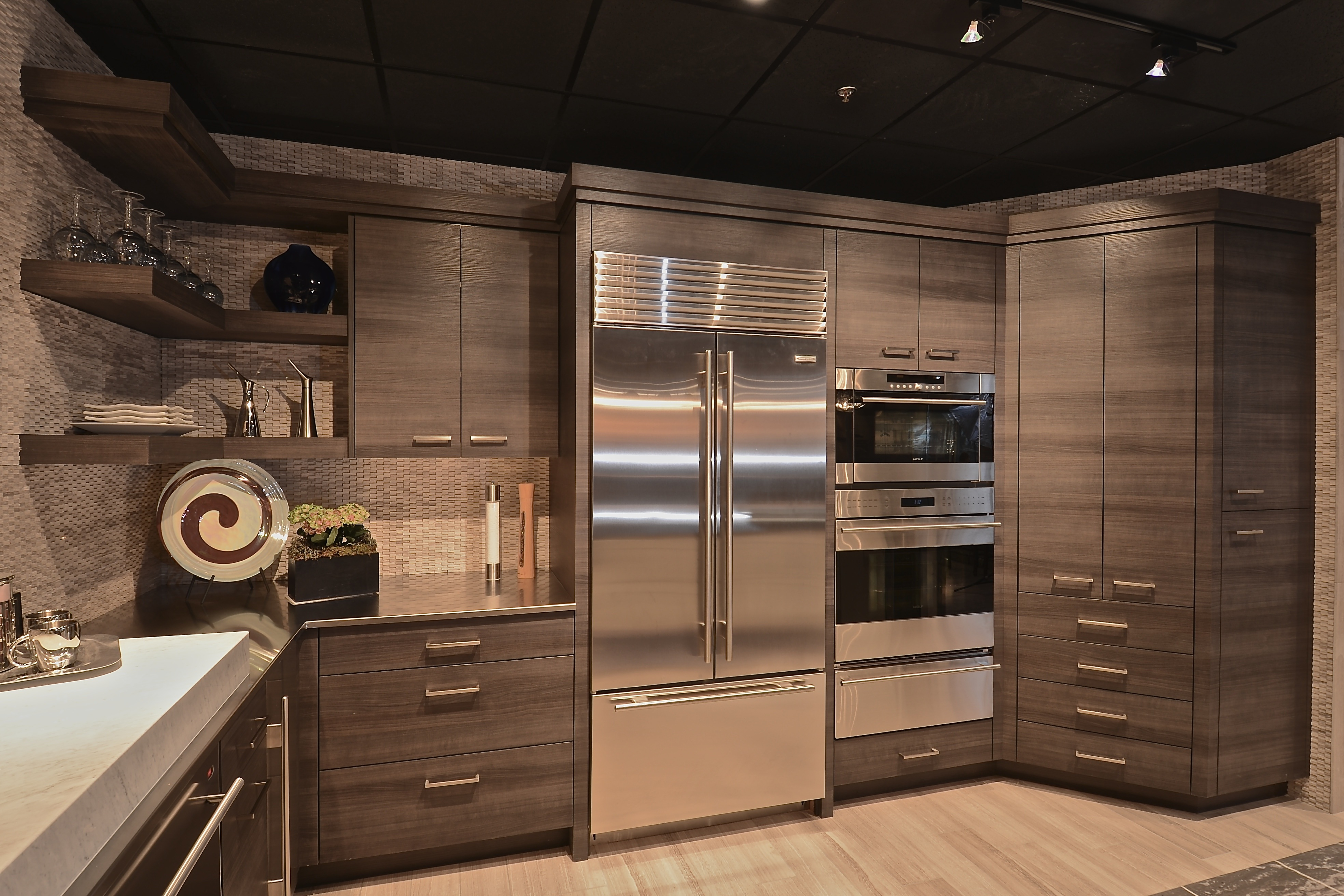 Beautiful The Cabinets Are Our Textured Melamine With Horizontal Grain. Peppertree  Takes Great Pride In Making Sure The Grain Matches Up As You ...